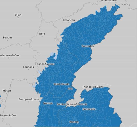 Carte du Jura détaillant les zones l'application de la loi montagne.